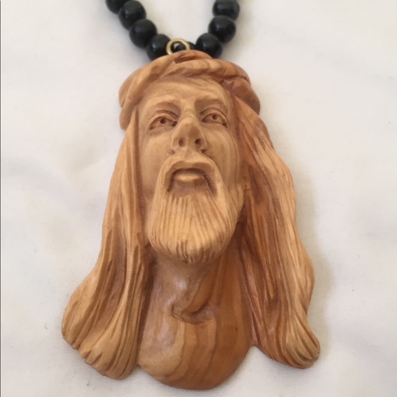 Carved Jesus Face Wood Necklace Nwt
